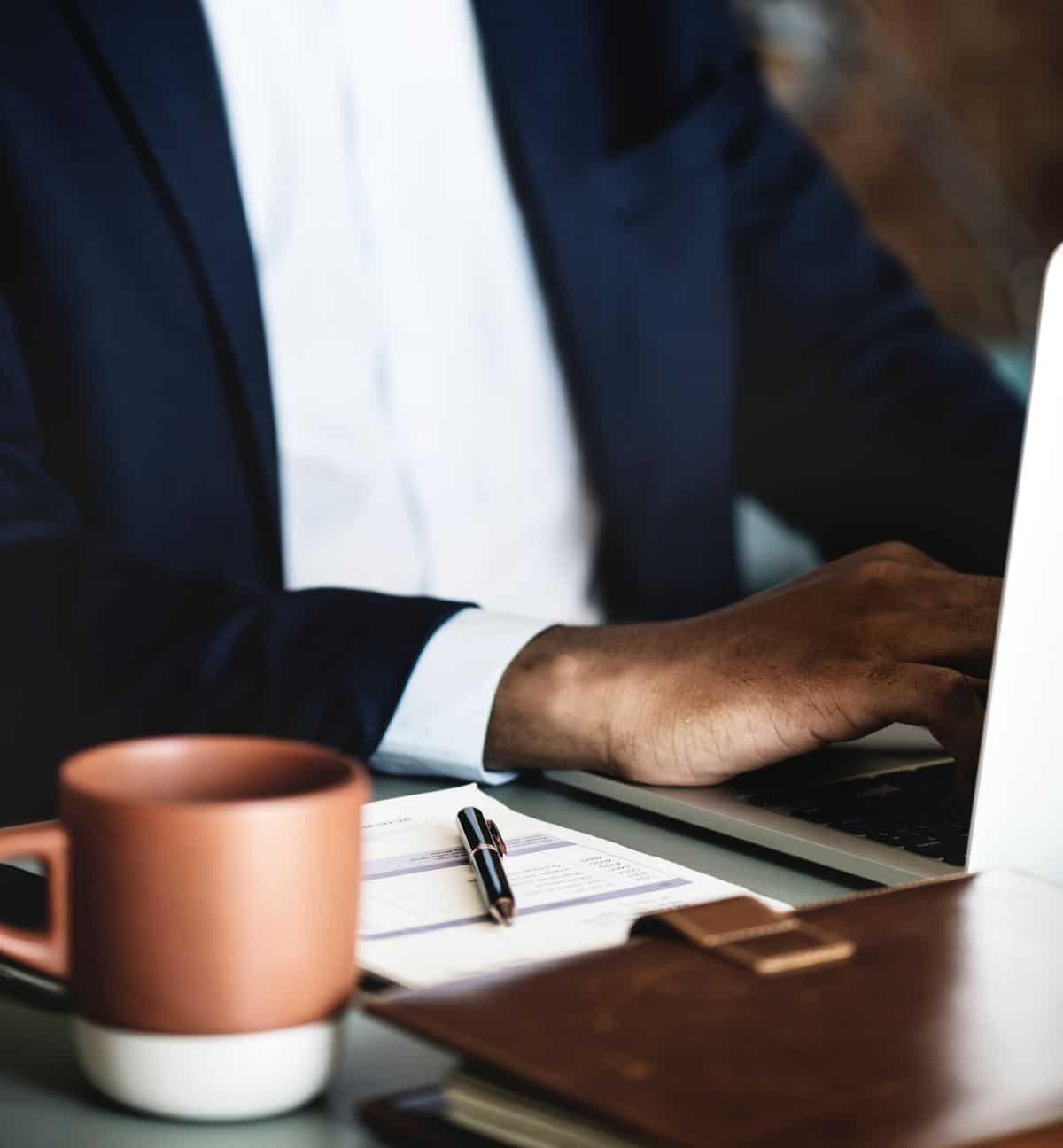 aplicatie consultanta afaceri
